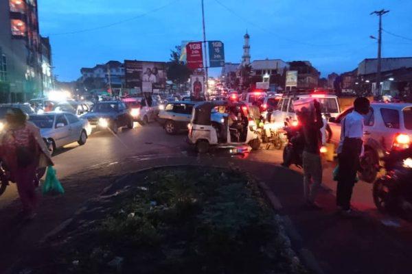 Sécurité routière urbaine et « régulations nocturnes hybrides » : Les pratiques d'acteurs à Bukavu